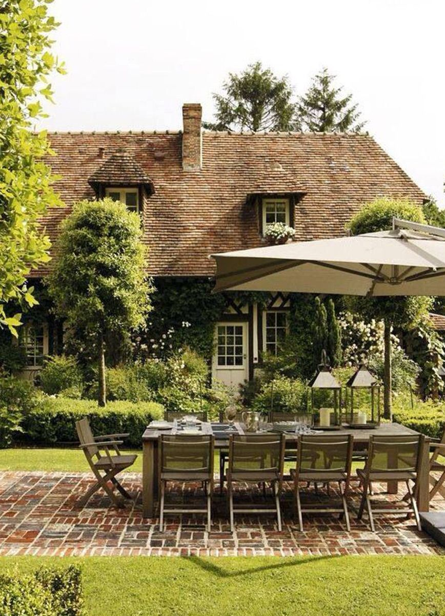 Outdoor-Dining-3